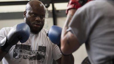 Derrick Lewis' coach: Francis declined all dates we offered